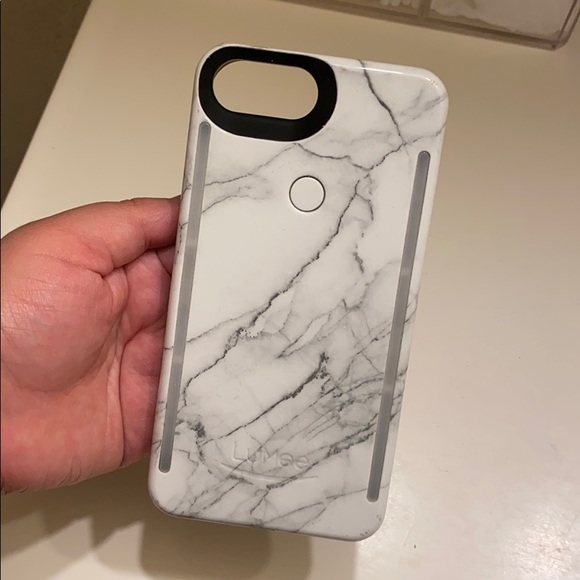 Other - Lumee iPhone 8+ case